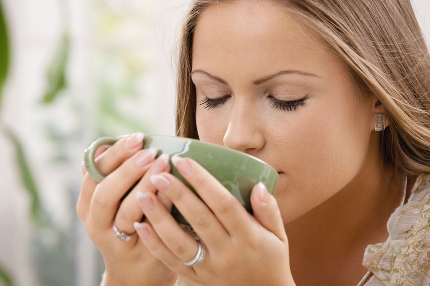 Benefits Of Drinking Green Tea - Live Happily