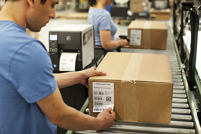 Aspects To Note While Choosing The Right Label Manufacturer