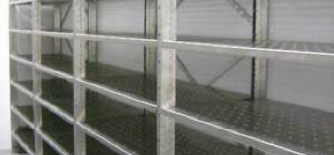 Commercial and Consumer Grade Stainless Steel Shelving: Know The Differences