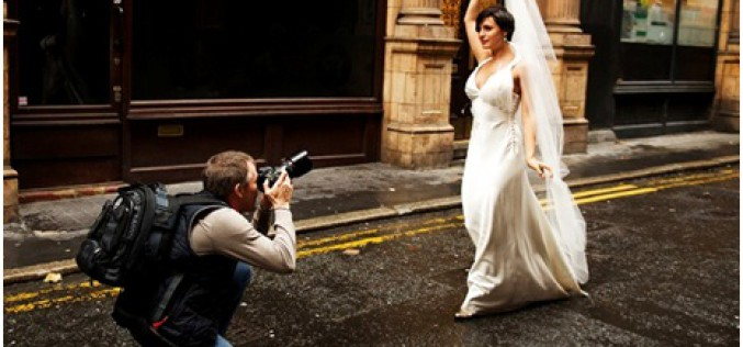What To Look For In A Professional Wedding Photographer
