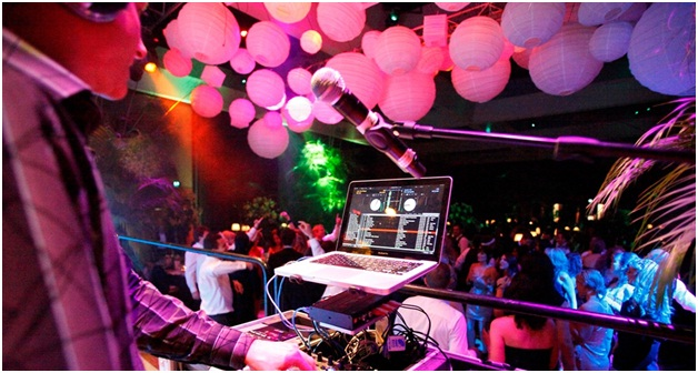 What Are The Things To Be Considered When You Are Looking For Wedding Disc Jockey Kelowna.