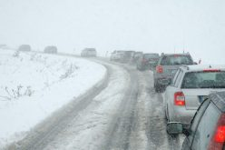 4 Things To Be Cautious Of When Driving In Snow