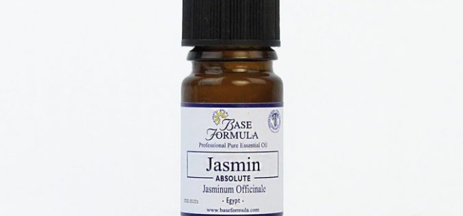 Interesting Benefits Of Jasmine Absolute Oil