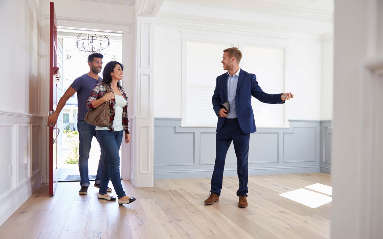 7 Simple Improvement Tips To Make Your Home Attractive To A Buyer