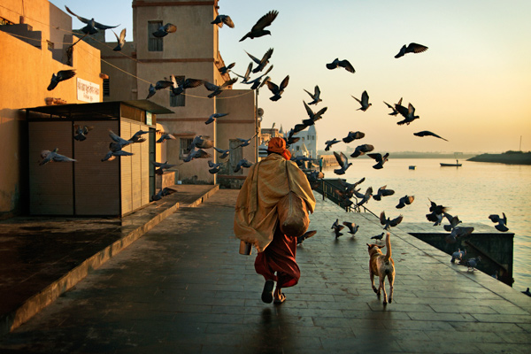Travel To A New World and Capture The Memorable Images