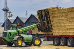 Heavy Lift Telehandler Attachment Benefits