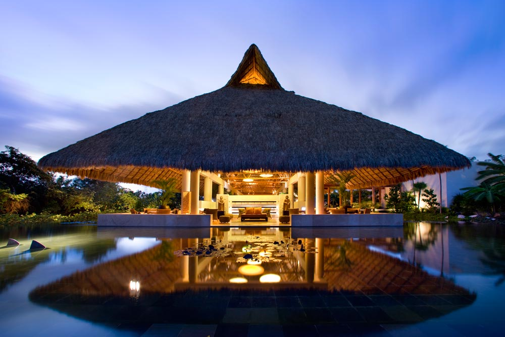 Select A Luxury Villa With Ultramodern Amenities To Make Your Riviera Maya Trip Memorable