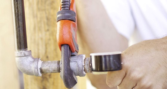 Opt For Deft Plumbers Of Dependable Agency For Fixing Burst Pipes