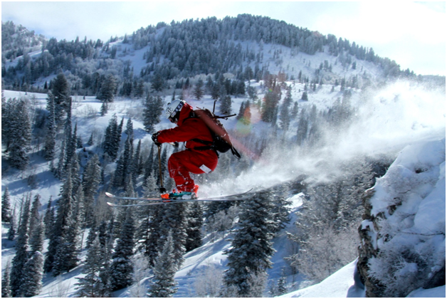 Give Your Closest Friends (And Yourself) The Gift Of Heli-Skiing