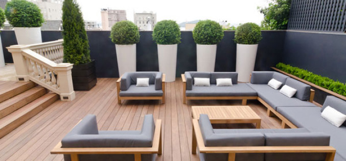 5 Ideas That Make Unnatural Outdoor Topiaries Modern