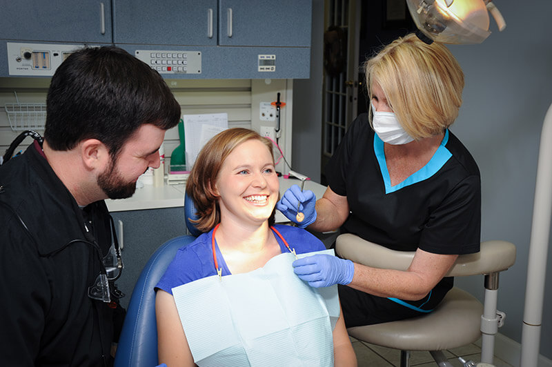 Why Do People Need Dentist In Their Lives?
