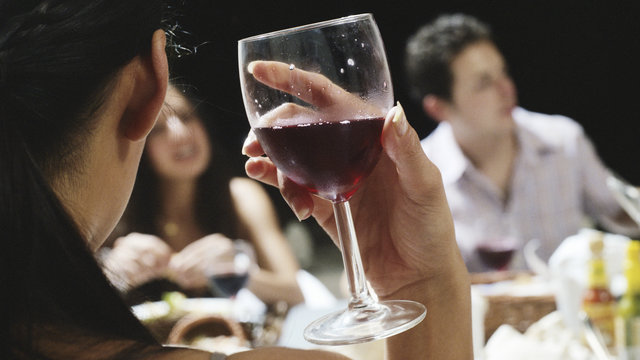 Overcome Alcohol Dependence By 7-Day Detox At Professional Rehab