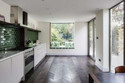 Luxury Kitchens With Window Seats